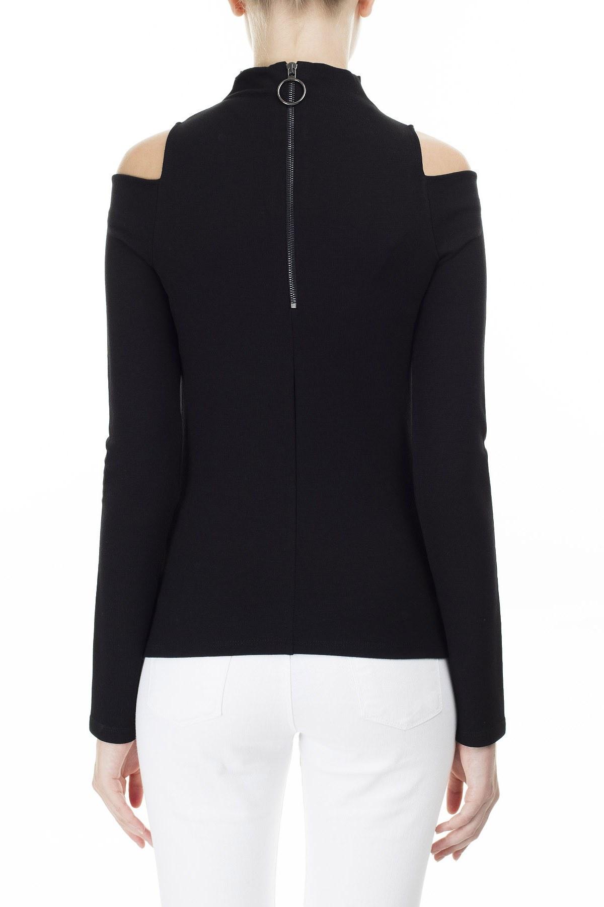Armani Exchange Omuzları Açık Fermuar Detaylı Dik Yaka Kadın Bluz S 6GYMAL YJK9Z 1200 SİYAH