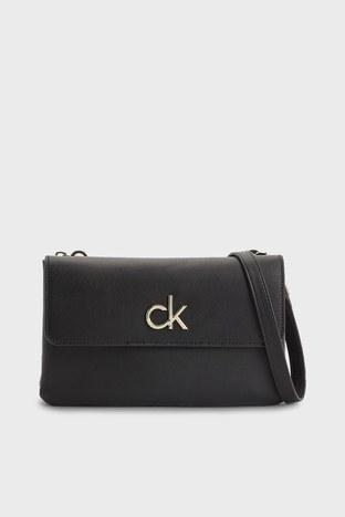 Calvin Klein - Calvin Klein Ayarlanabilir Askılı Bayan Çanta K60K608177 BAX SİYAH