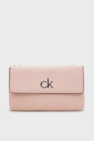 Calvin Klein - Calvin Klein Ayarlanabilir Askılı Bayan Çanta K60K608177 TCT PEMBE