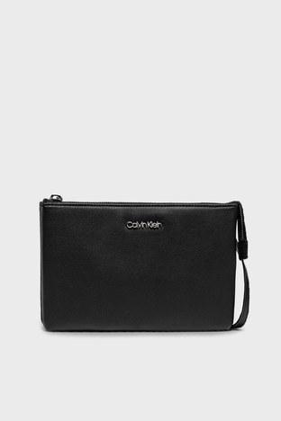 Calvin Klein - Calvin Klein Ayarlanabilir Askılı Deri Bayan Çanta K60K608187 BAX SİYAH