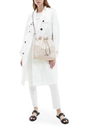 Calvin Klein Ayarlanabilir Askılı Kadın Çanta K60K606477 0K9 BEJ