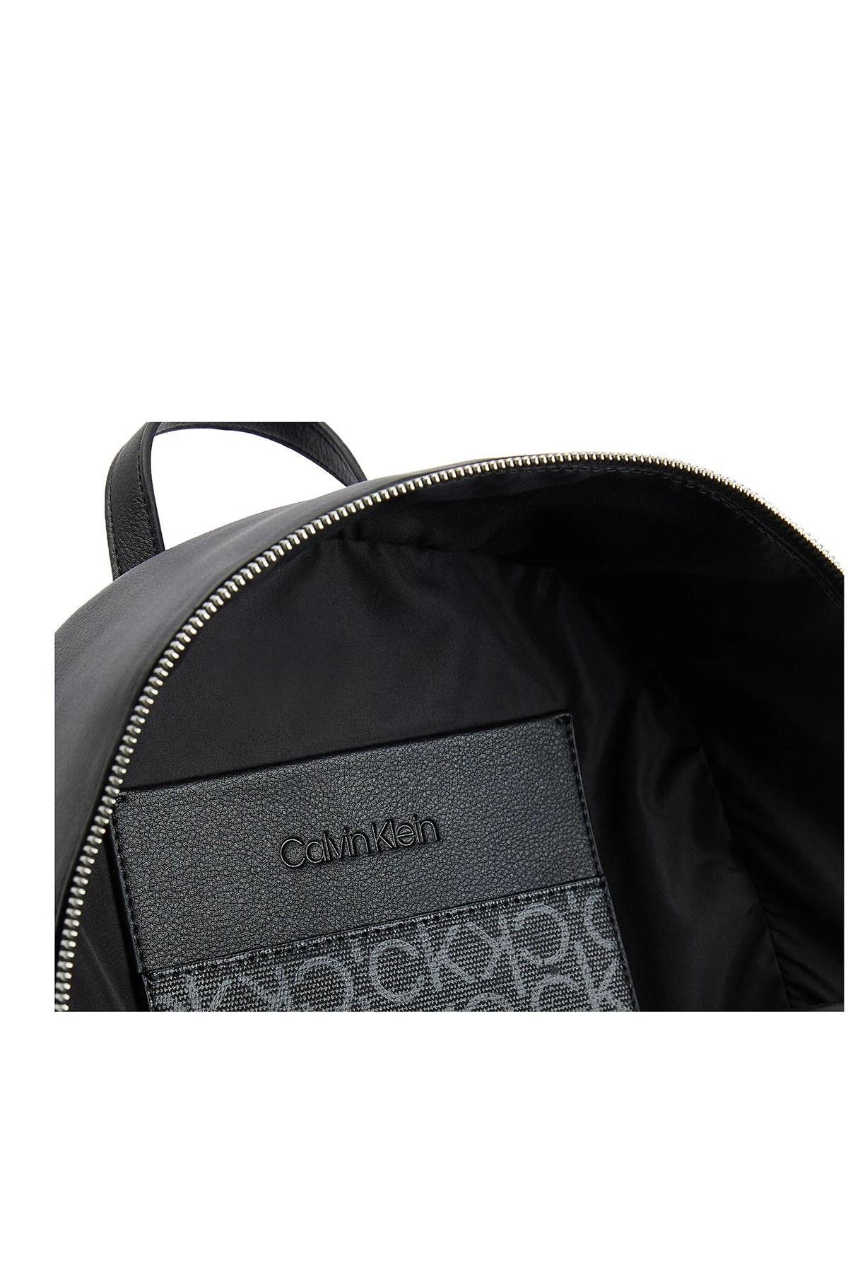 Calvin Klein Ayarlanabilir Omuz Askılı Bayan Çanta K60K607889 BAX SİYAH