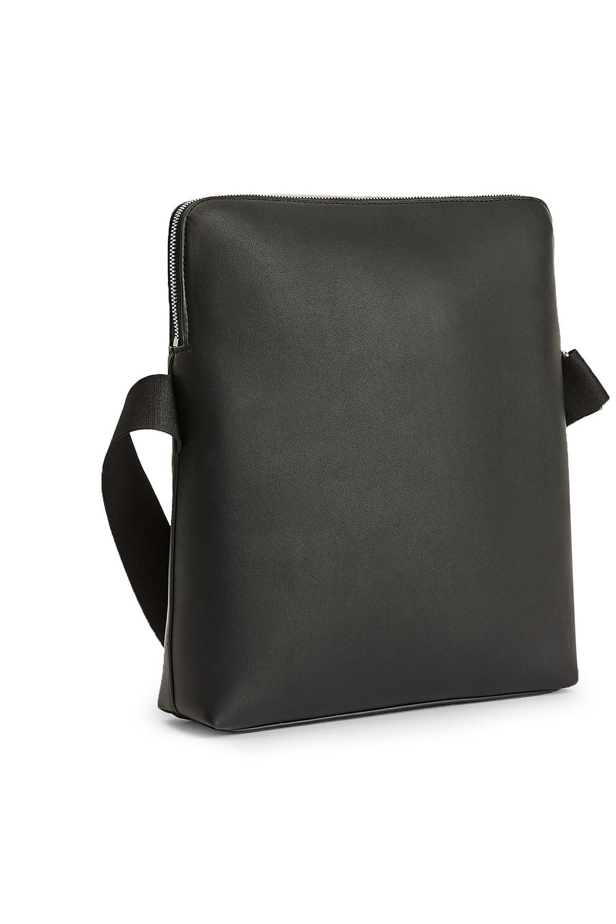 Calvin Klein Marka Logolu Ayarlanabilir Askılı Erkek Çanta K50K506158 BDS SİYAH