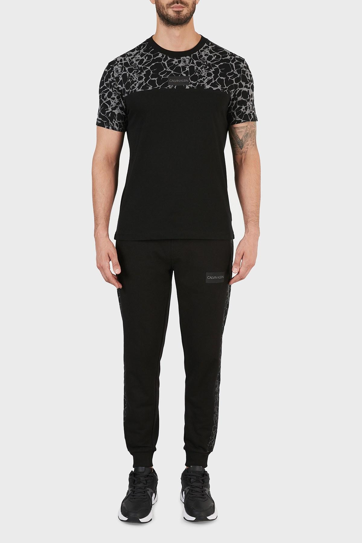 Calvin Klein Erkek T Shirt K10K107310 BEH SİYAH