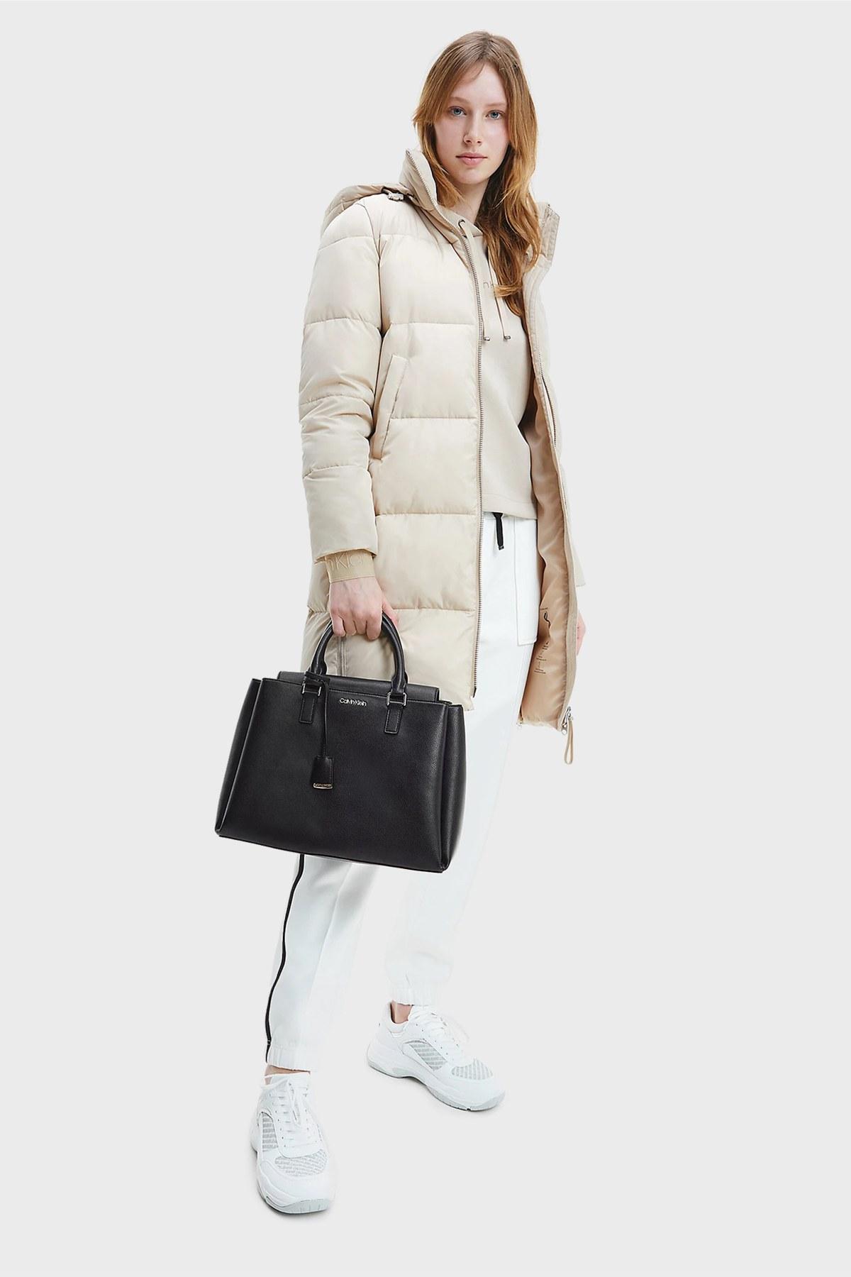Calvin Klein Fermuarlı Bayan Çanta K60K608243 BAX SİYAH