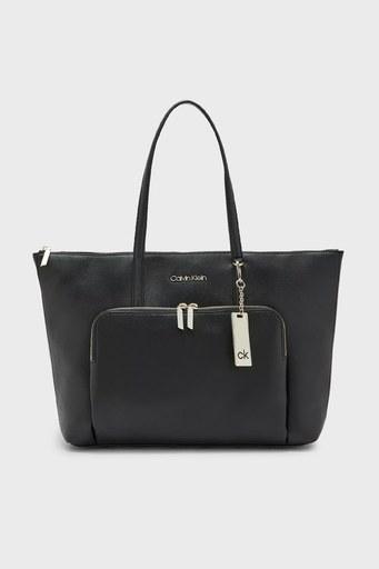 Calvin Klein Fermuarlı Bayan Çanta K60K608554 BAX SİYAH