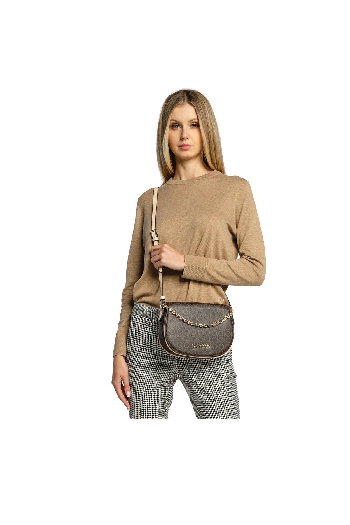Calvin Klein Logo Baskılı Ayarlanabilir Askılı Kadın Çanta K60K607133 0HJ KAHVE