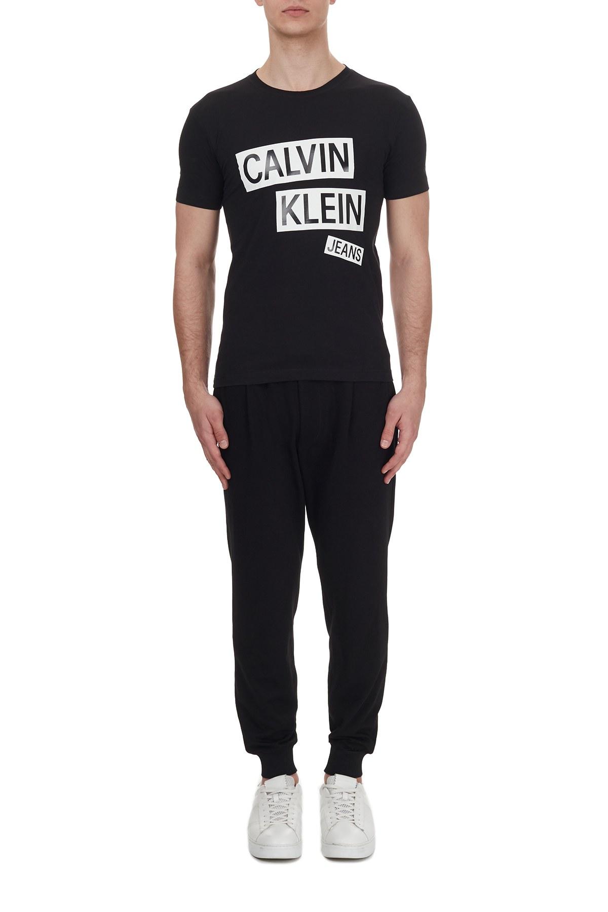Calvin Klein Logo Baskılı Bisiklet Yaka % 100 Pamuk Erkek T Shirt J30J316483 BEH SİYAH