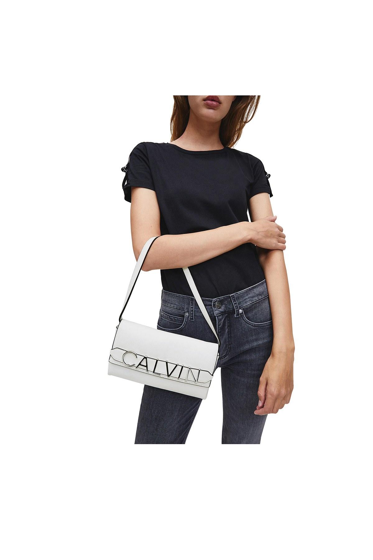 Calvin Klein Logo Baskılı Kadın Çanta K60K607042 0K8 BEYAZ