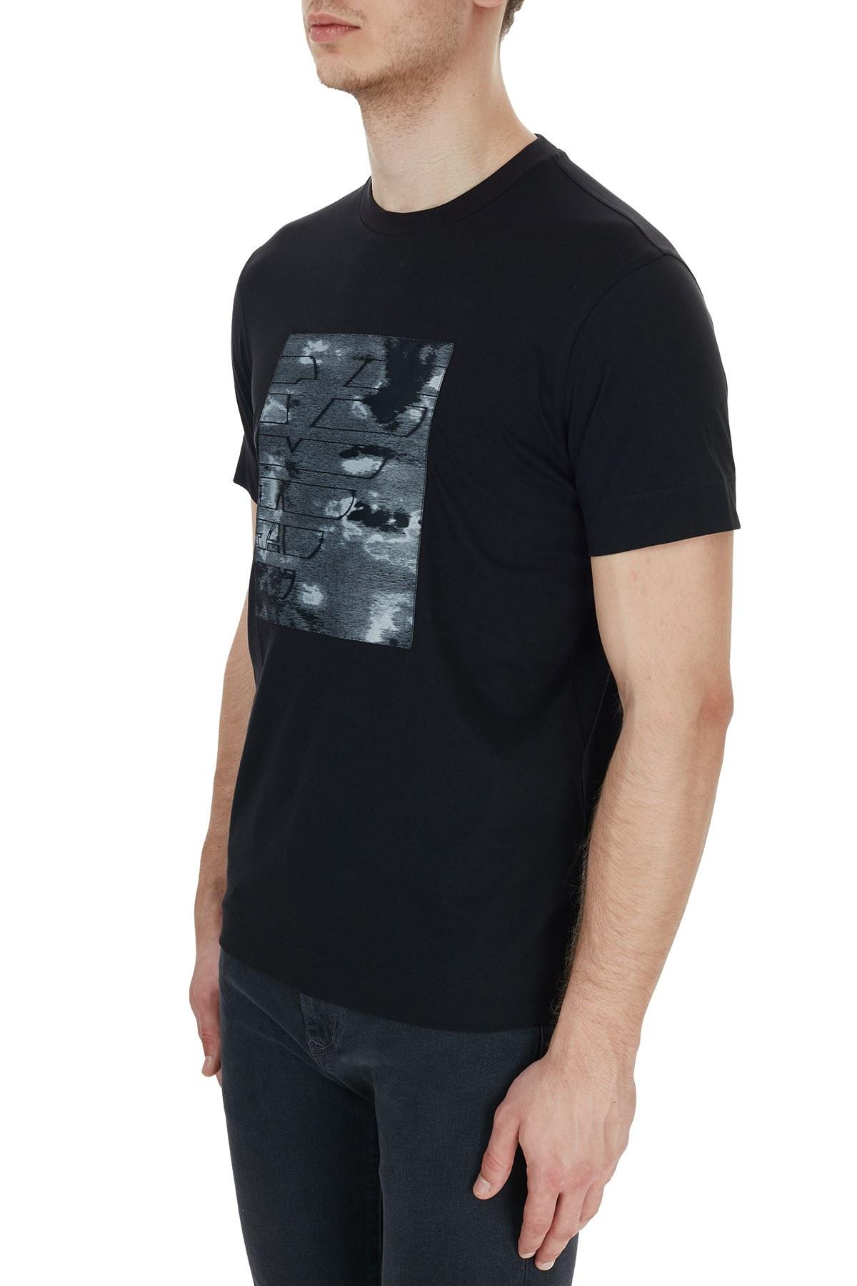 Emporio Armani Baskılı Bisiklet Yaka % 100 Pamuk Erkek T Shirt 6H1TS9 1JDXZ 0999 SİYAH