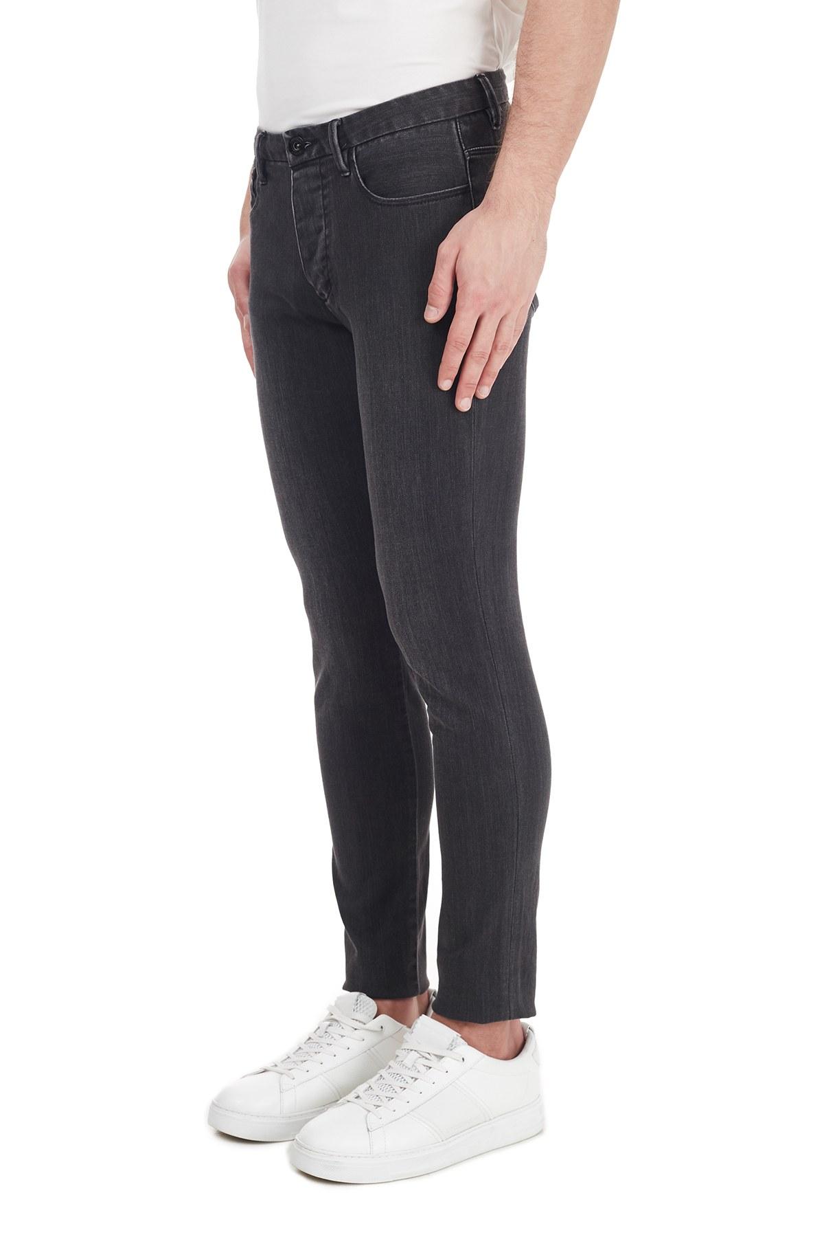 Emporio Armani Ekstra Slim Fit Pamuklu J11 Jeans Erkek Kot Pantolon 6H1J11 1DHDZ 0006 SİYAH