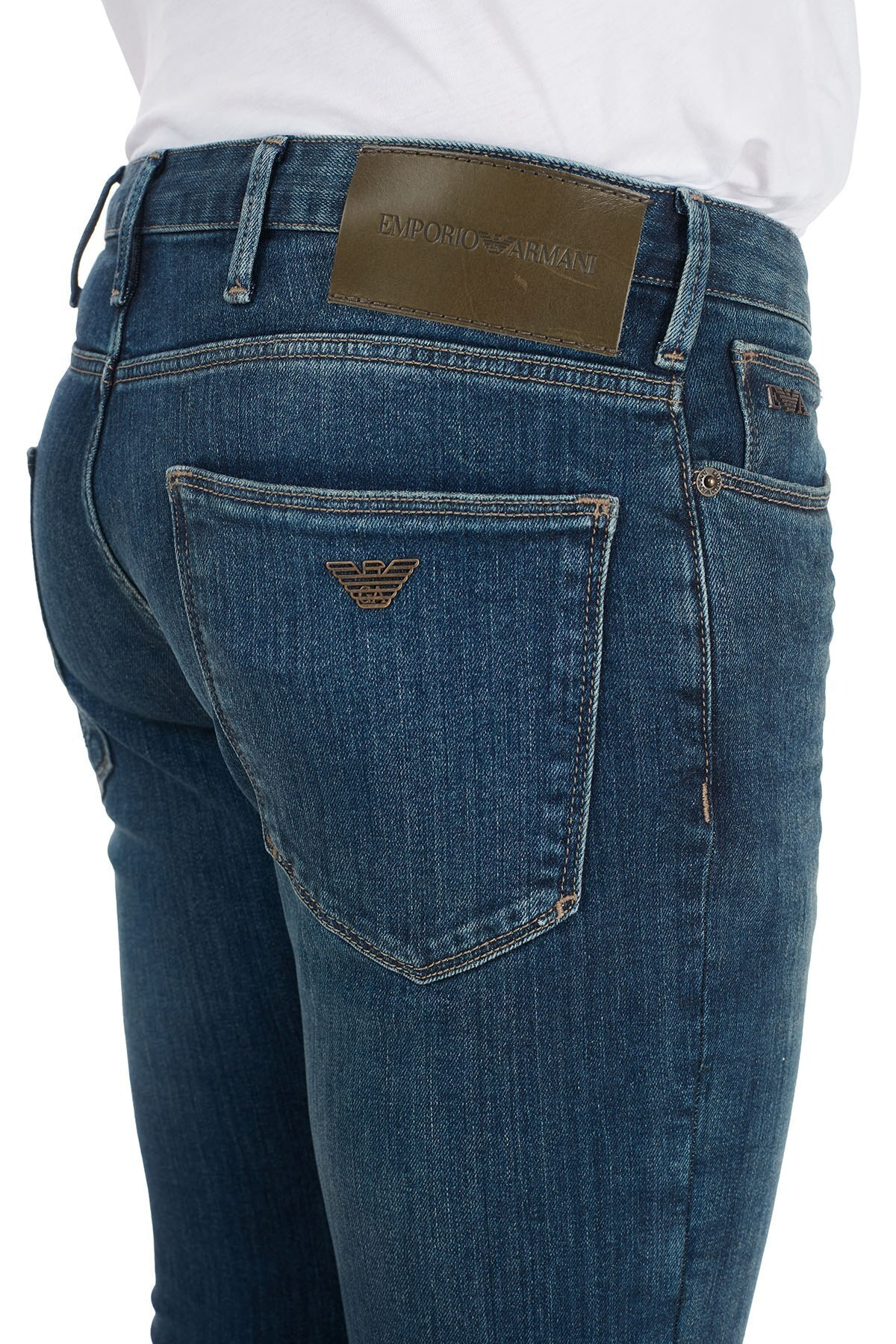 Emporio Armani Slim Fit Pamuklu J06 Jeans Erkek Kot Pantolon 6H1J06 1DR6Z 0942 MAVİ