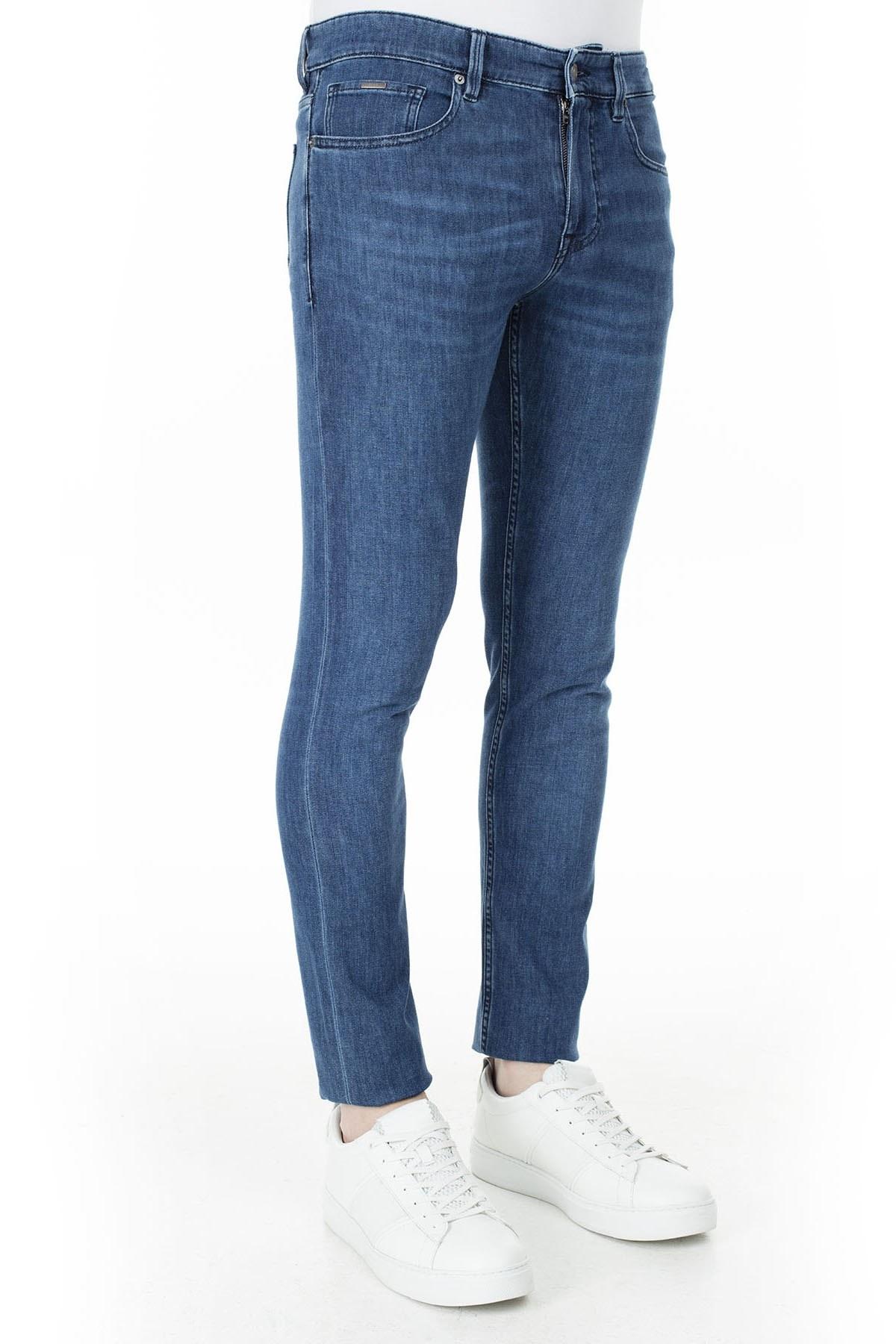 Hugo Boss Slim Fit Jeans Erkek Kot Pantolon 50426476 425 LACİVERT